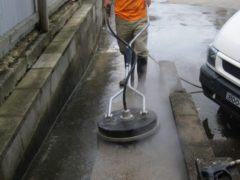 Hot Water Pressure Cleaning 1